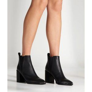 NWT Tony Bianco Bello Bootie in Black Jetta Polish